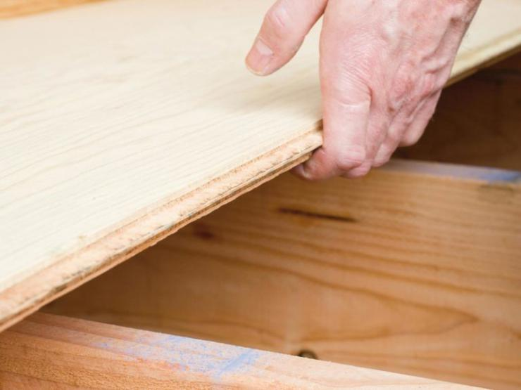 how-to-lay-a-plywood-subfloor-how-tos-diy-plywood-floors-over-concrete-770x578.jpeg